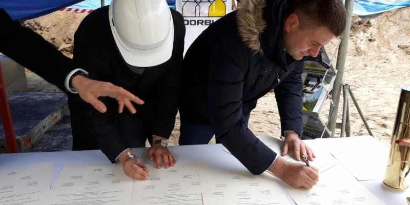 Wmurowanie kamienia węgielnego pod budowę inwestycji